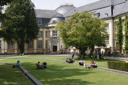 Bucerius Law School, Hamburg, Germany and WHU – Otto Beisheim School of Management, Vallendar, Germany